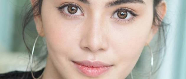 DAVIKA HOORNE